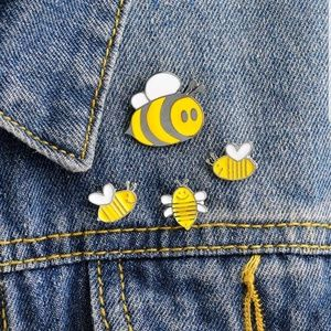 Busy Bees Pin Set
